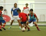 Michel%20Salgado%20training%20kids